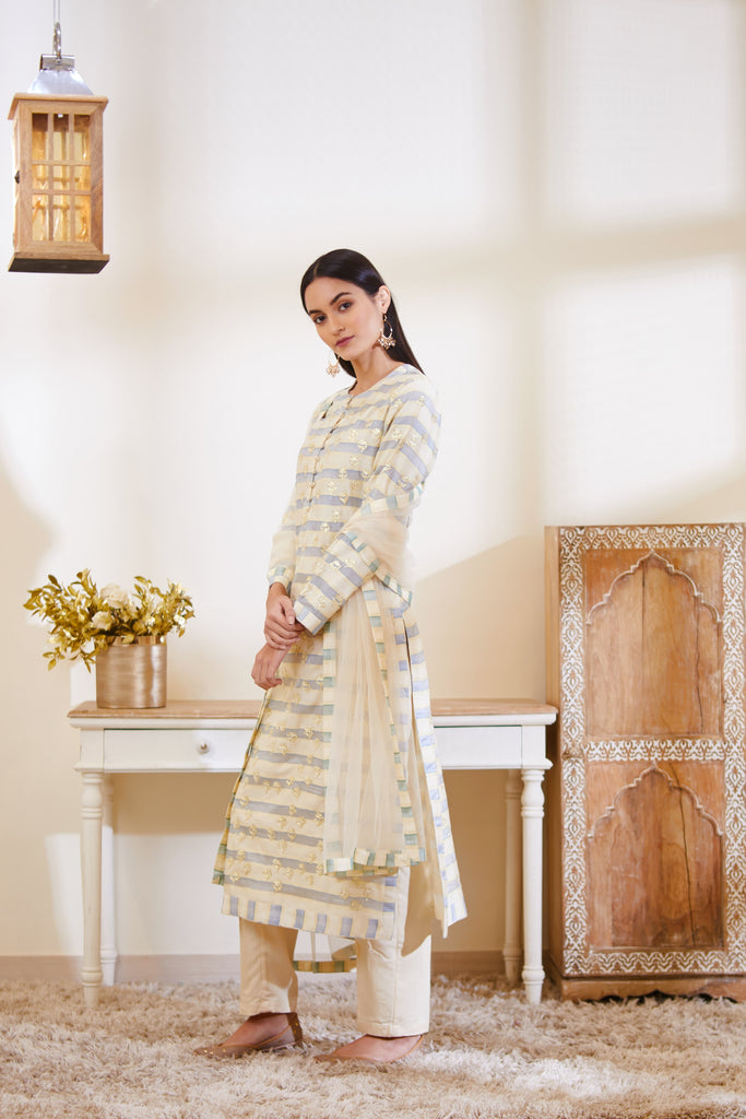 Off-White - Green Kurta Set.