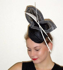 BLACK AND WHITE RACE HAT - DERBY DAY