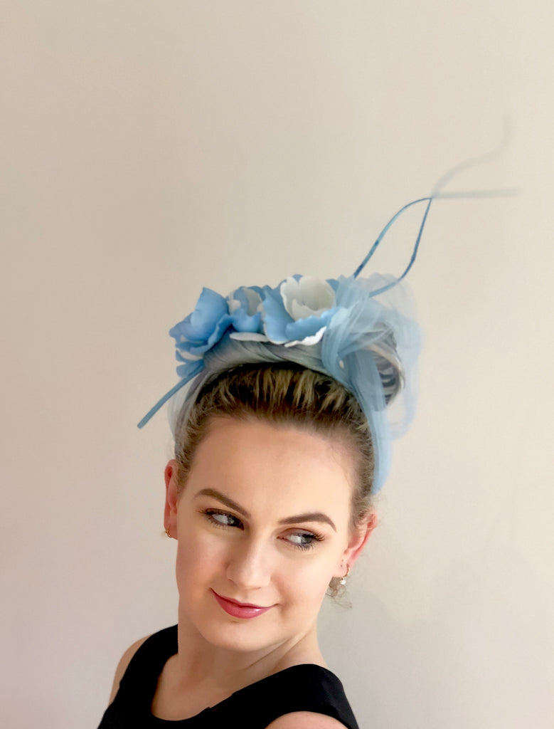 Floral twist   headpiece - blue and white