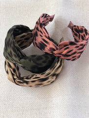 Sleek twist  band , Animal.  -3 colours