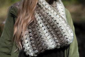 Crochet Pattern: The Wren Infinity Scarf