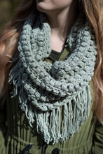 Load image into Gallery viewer, Crochet Pattern: The Wren Infinity Scarf