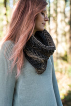 Load image into Gallery viewer, Crochet Pattern: The Savannah Sparrow Cowl