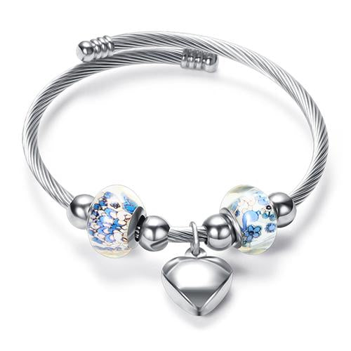 Luxury Bracelet with a Heart Pendant