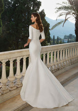 Load image into Gallery viewer, Justin Alexander Wedding Dress Style 88079 - Shop Your Dream Bridal