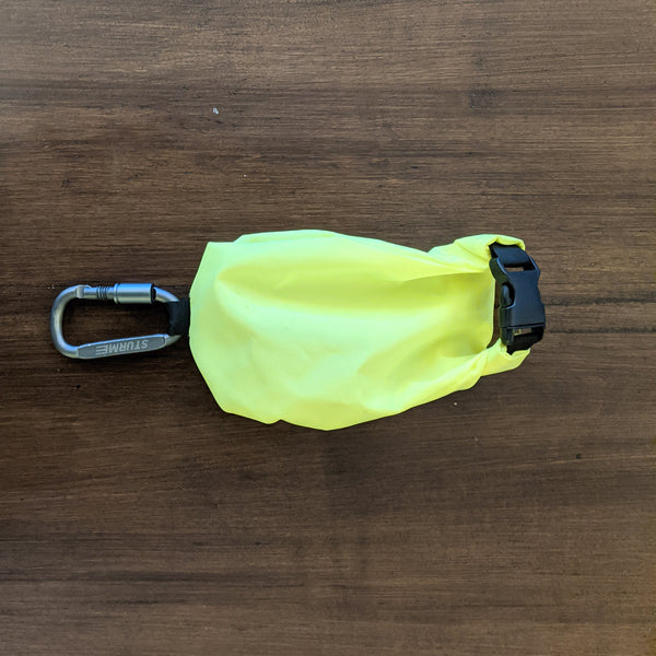 "Leash Bag for Hands-free Walks ""Poo Pouch"""