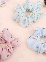 Load image into Gallery viewer, Scrunchie Flower Power