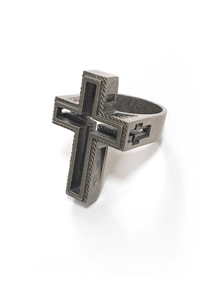 Cross Ring | Hollow