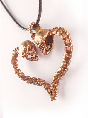 Skull Pendant | Lovers of Valdaro 💗