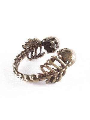 Skull Ring | Lovers of Valdaro 💗💗💗