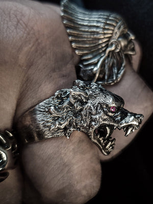 Beast Ring | Savage Wolf ⭐⭐⭐⭐