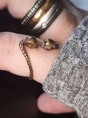 Skull Ring | Lovers Gaze