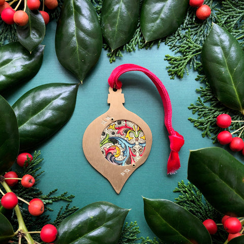 Teardrop Keepsake Ornament, Florentine