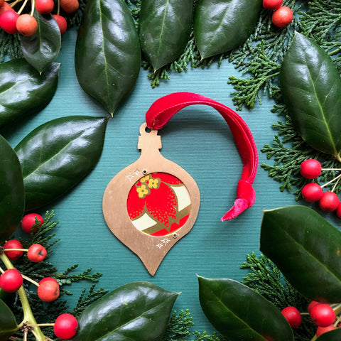 Teardrop Keepsake Ornament, Poinsettia