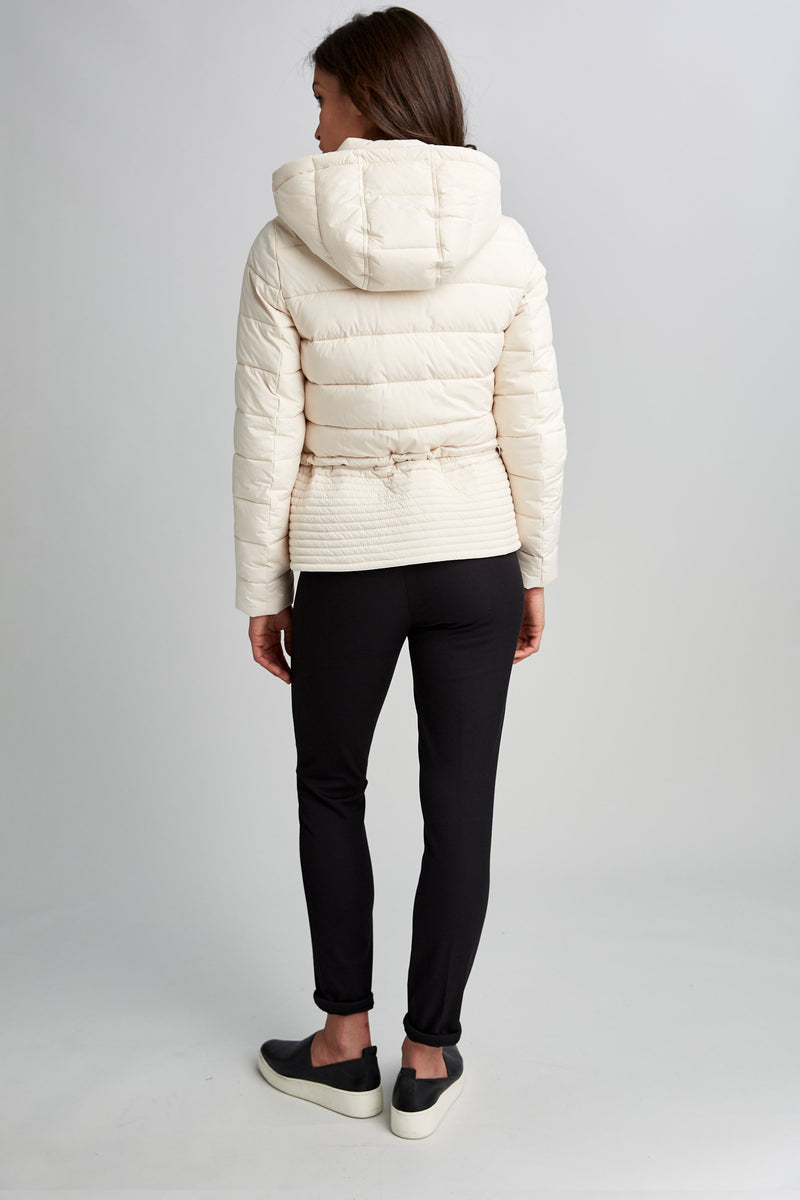 Tahari Amber Hooded Cropped Puffer Jacket