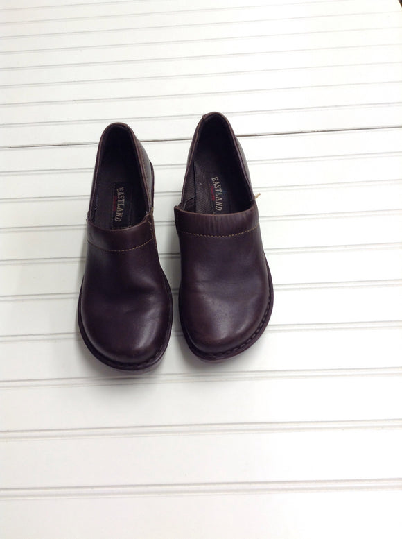 Eastland Brown Leather 8.5 Clogs Womens 1D