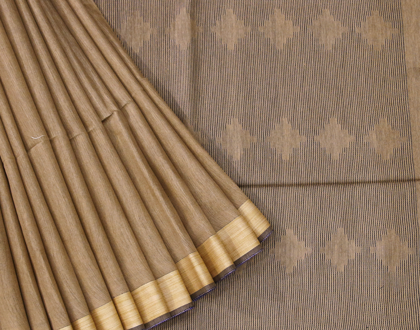 Handloom Kota Jacquard Saree With Fringes