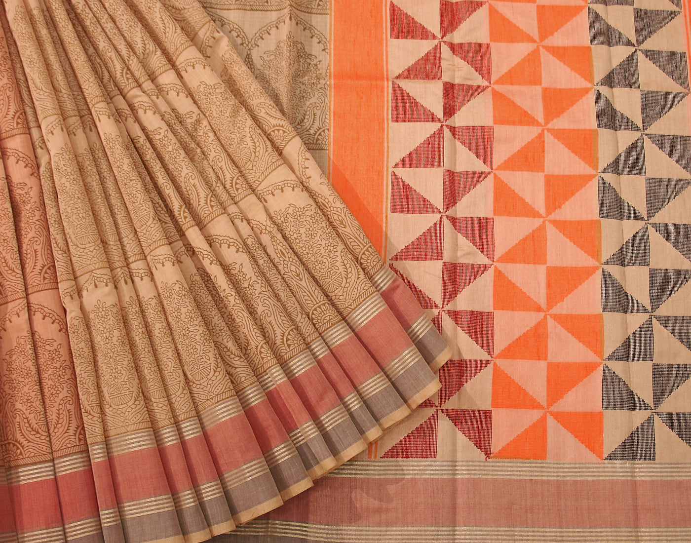 Handloom Pure Cotton Saree With Fringes