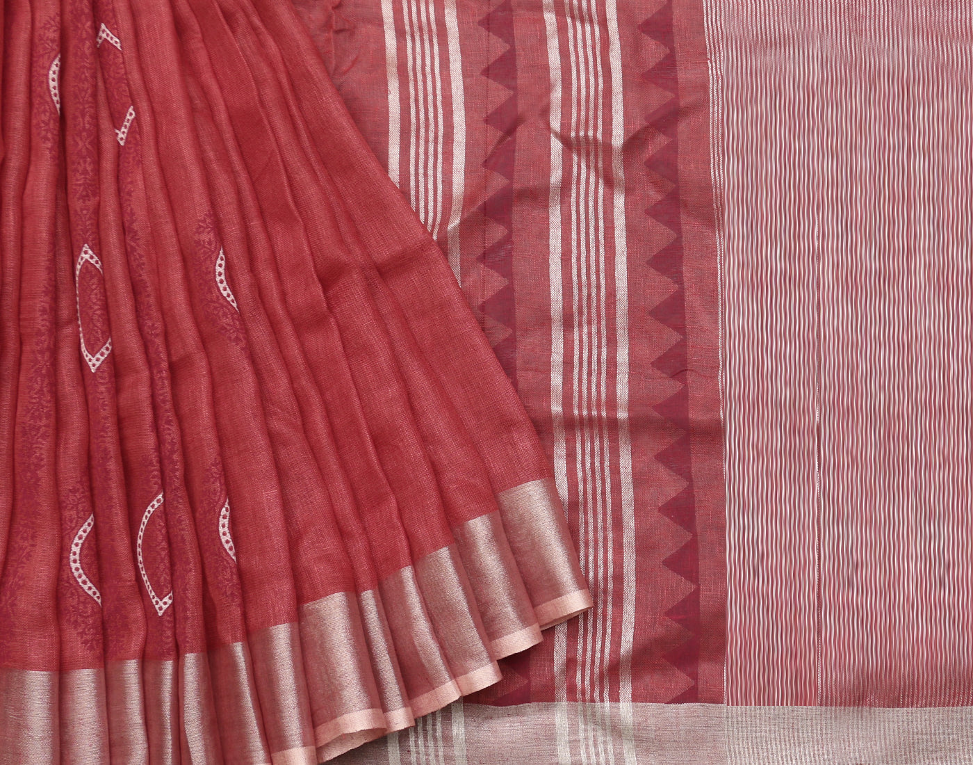 Deep Red Handloom Linen Saree
