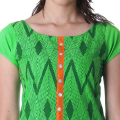 Kelly Green Round Neck Kurta With Contrast Placket From eSTYLe.