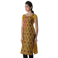 eSTYLe Honey Gold Round Neck Printed Kurta With Contrast Placket.