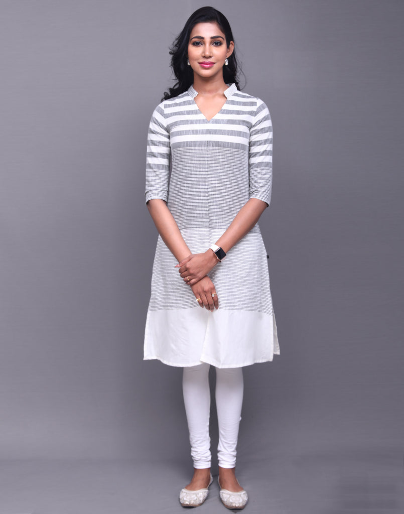 White 'N' Black Cotton Striped Kurta