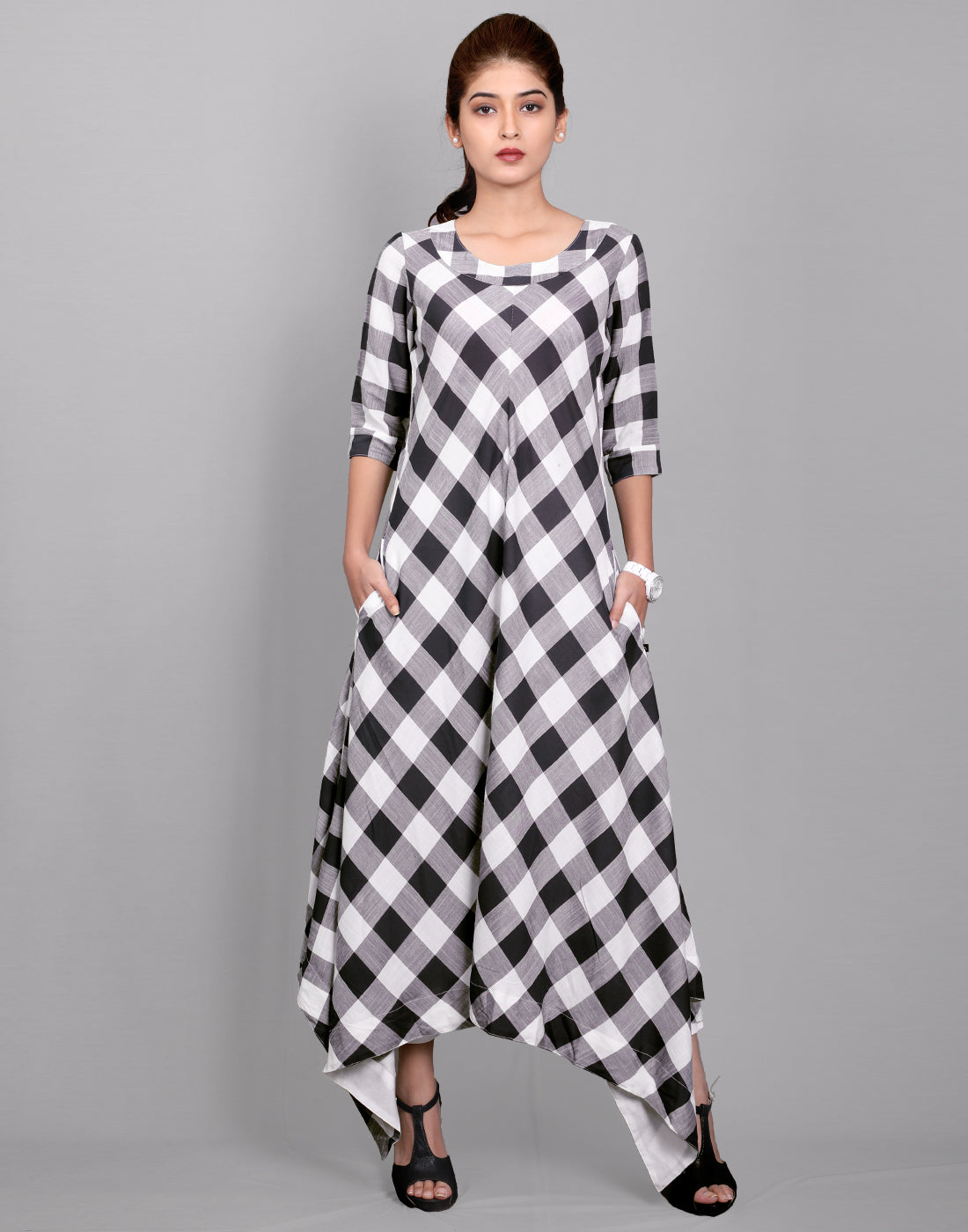 Black 'N' White Viscose Rayon Asymmetric Kurta