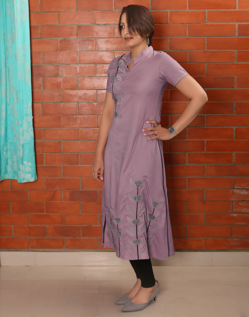 Paisley Purple Embroidered Asymmetric Kurti