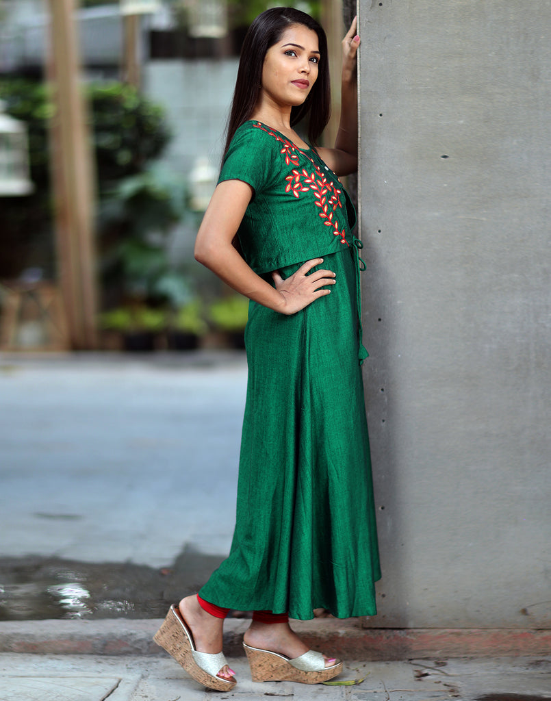 Bottle Green Floral Embroidered Kurta with Overcoat