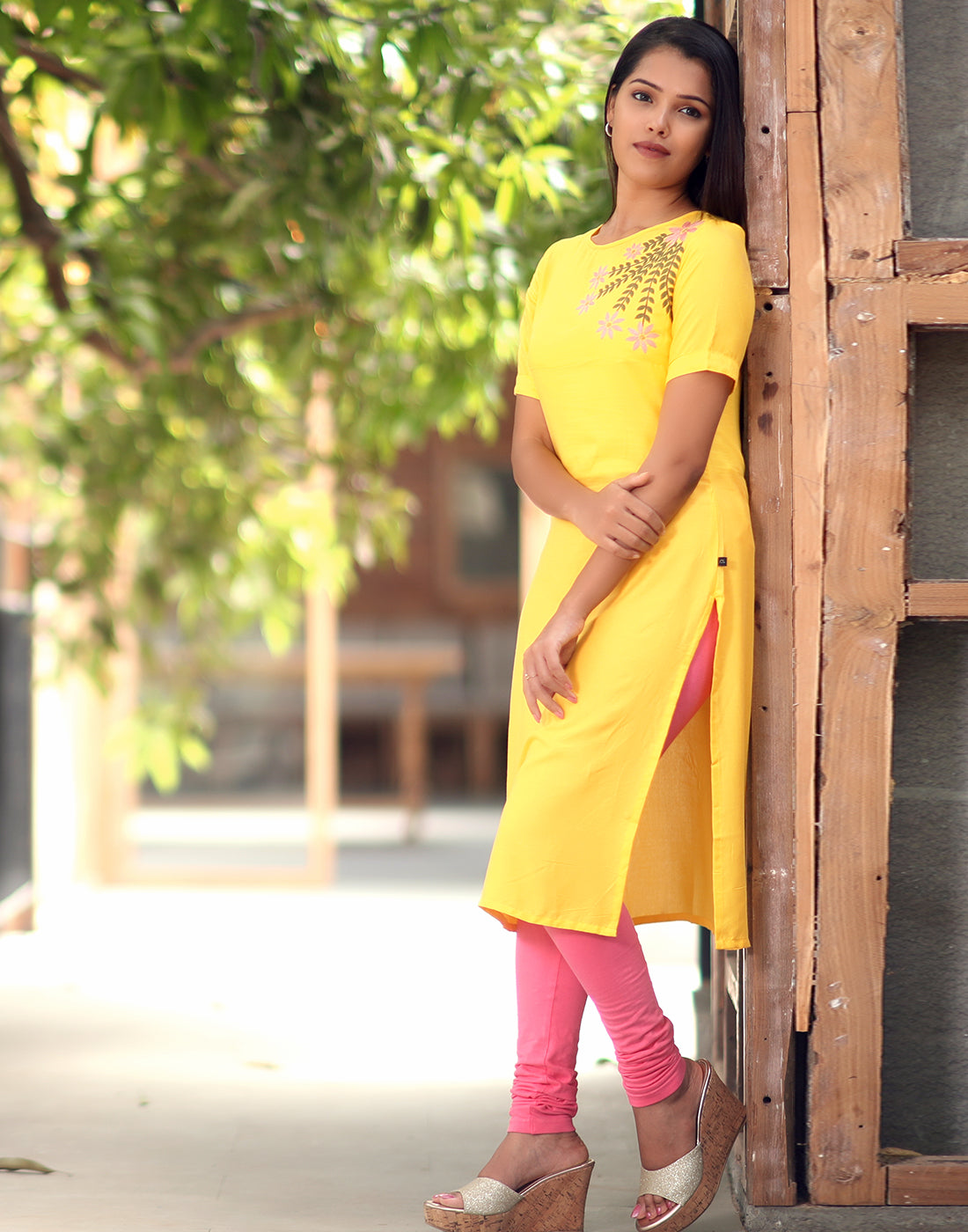 Pastel Yellow Retro Embroidered Kurti