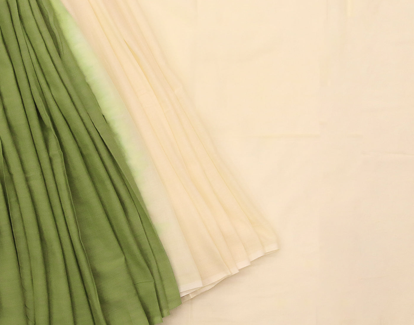 Cream 'N' Green Pure Cotton Saree