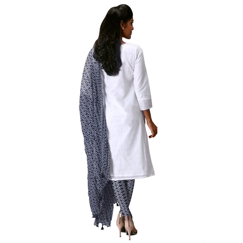 3Pce Set - eSTYLe Pure White Kurta with Printed Leggings and Dupatta
