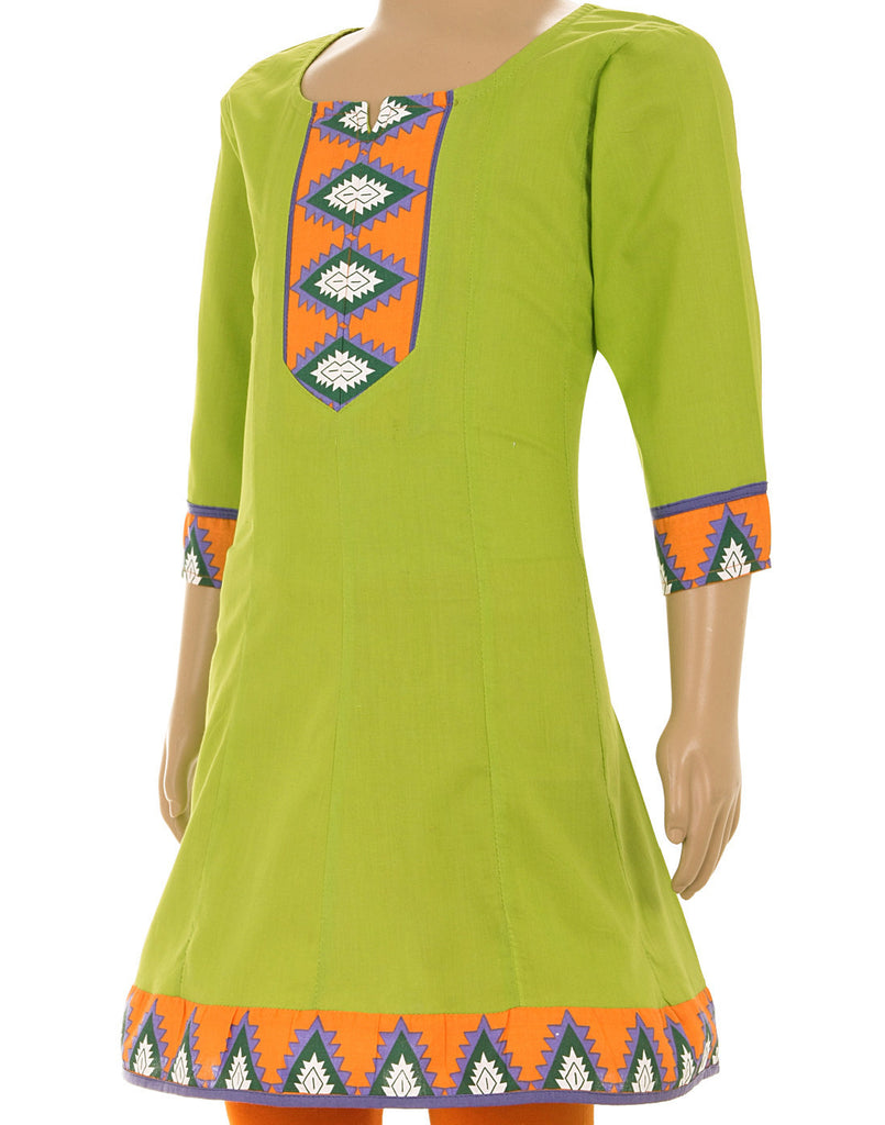 eSTYLe Vibrant Green Anarkali Kurta With Printed Borders For Kids