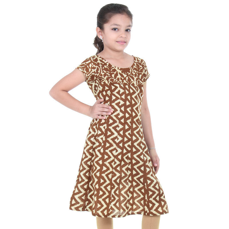 eSTYLe Girls Chocolate Brown Flared-Cut Cotton Anarkali With Short Sleeves