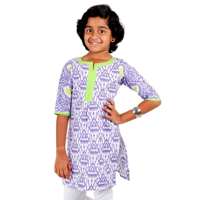 eSTYLe Girls Lavender Splash Kurta With Cluster Prints