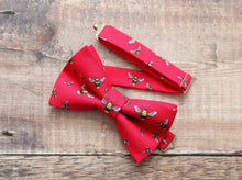 Load image into Gallery viewer, Red Bee Print Bowtie.