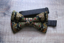 Load image into Gallery viewer, Silk Floral Brocade Bowtie.