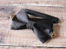 Load image into Gallery viewer, Gold Tipped Bowtie.
