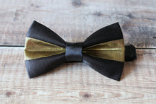 Load image into Gallery viewer, Gold Twist Bowtie