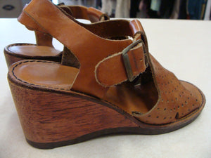 one owner 1970's PERFORATED LEATHER WEDGE heels 70's 5