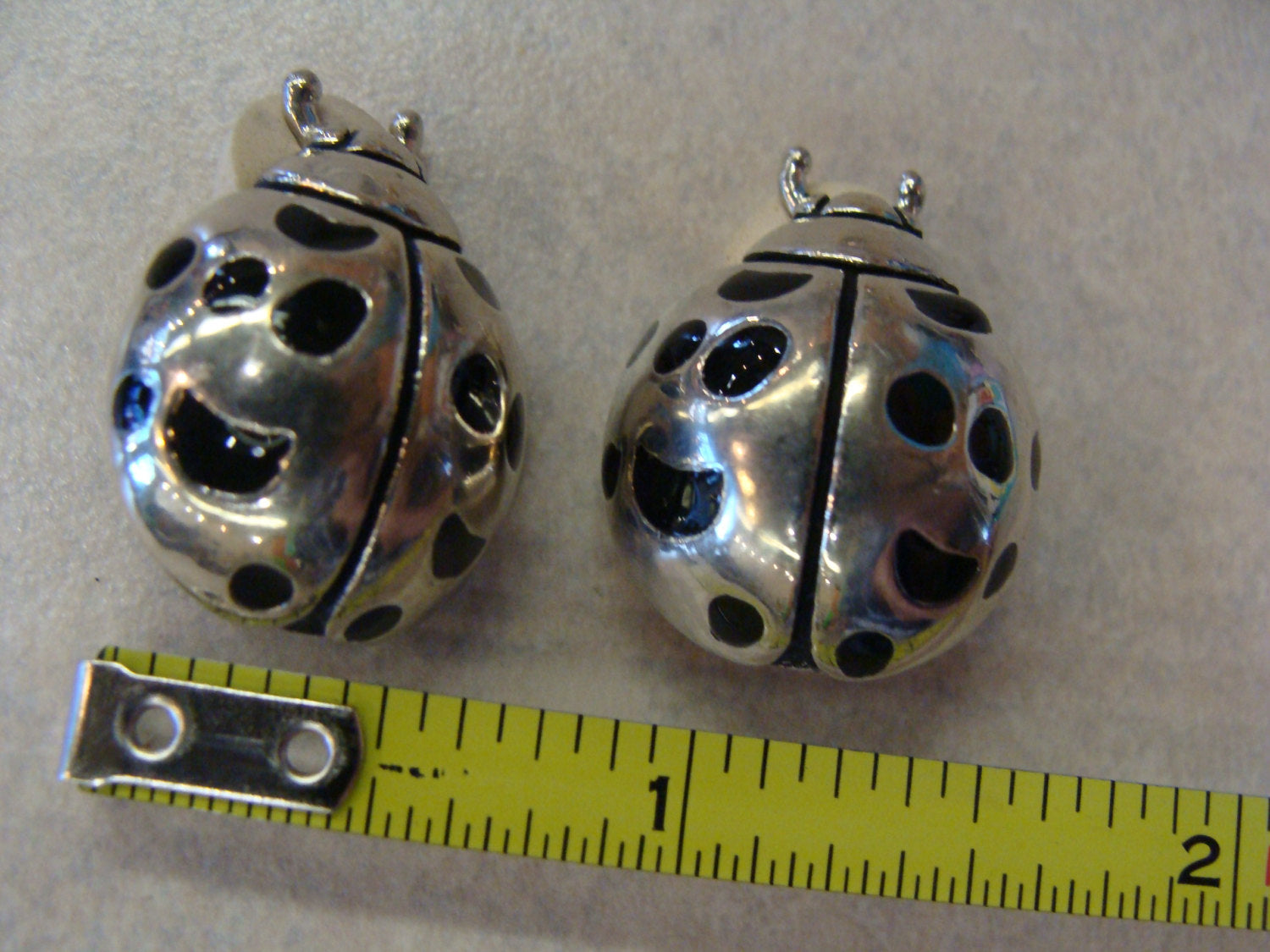 signed CABOT LADYBUG EARRINGS vintage clip bug jewelry (C3)