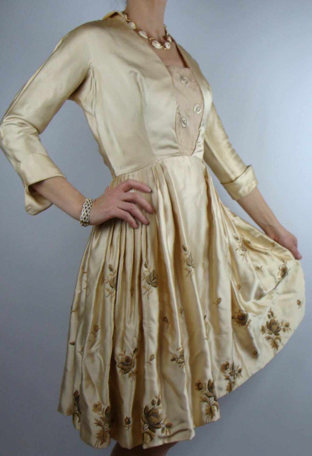 1950's CHAMPAGNE SATIN DRESS embroidered flowers S xs 1960's (A6)