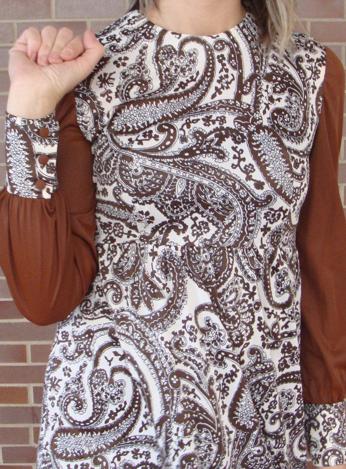 1970's SILKY MAXI DRESS brown paisley empire waist S xs (G8)