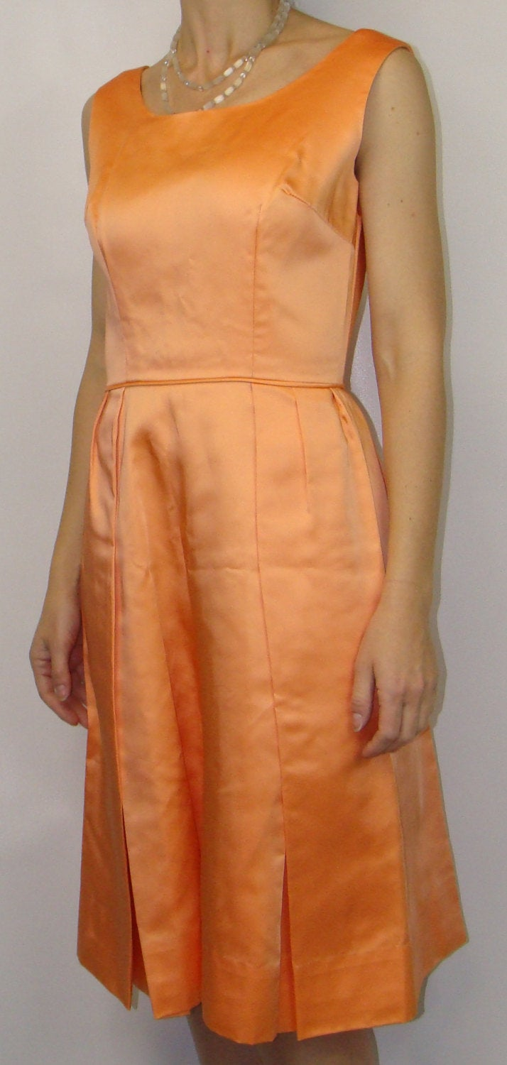 1960's cantaloupe SATIN PARTY DRESS S 60's vintage (A7)