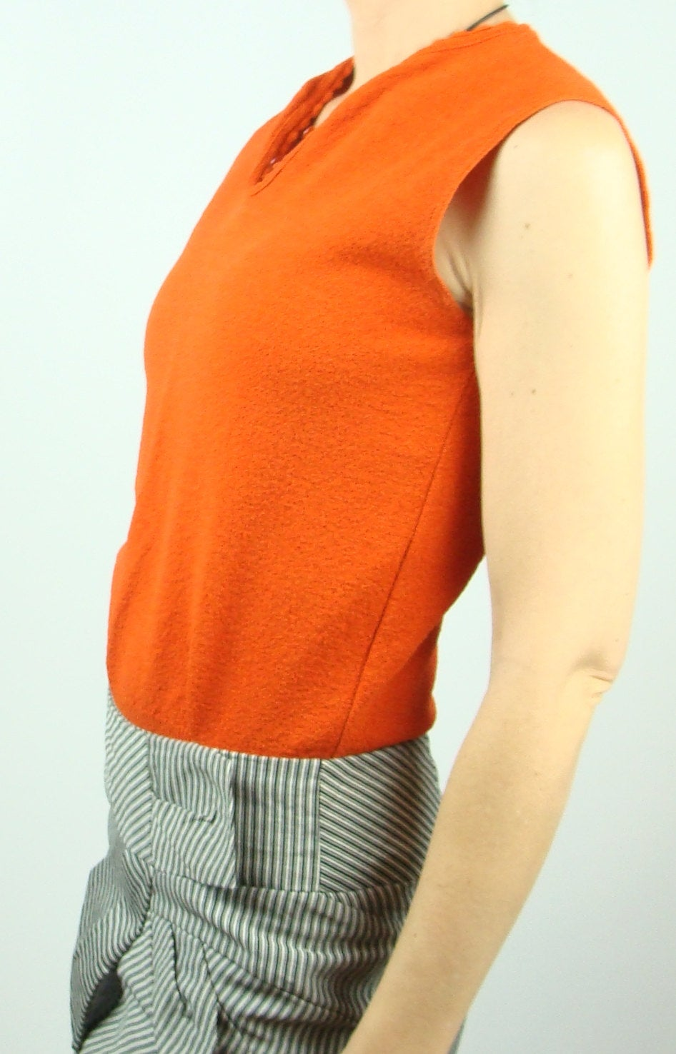 bright ORANGE RED knit SHELL sleeveless sweater ship n shore S (G5)