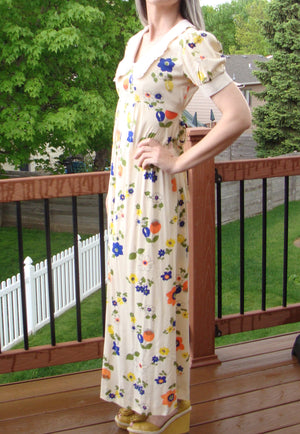 1970's HIPPIE FLORAL maxi DRESS babydoll empire waist vintage S (D10)