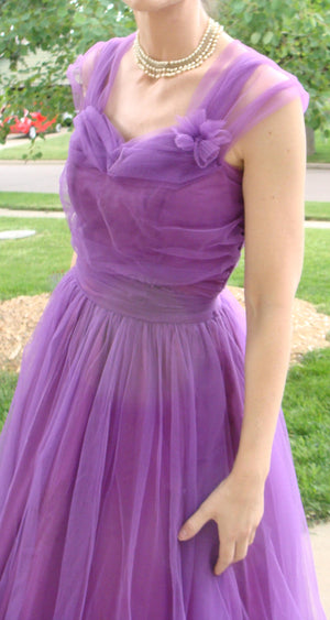 magenta purple 1950's PARTY DRESS vintage prom 50's tulle 27.5 waist S (G2)
