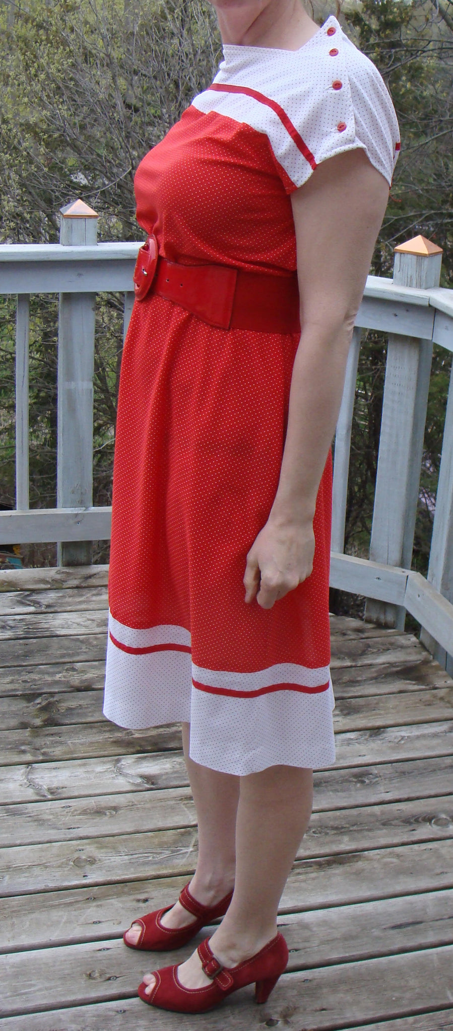 RED and WHITE POLKADOT early 1980's dress vintage 80's M (A5)