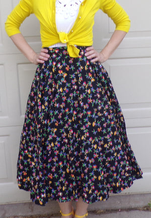 "vintage NOVELTY PRINT circle SKIRT dancing people 26.5"" waist S (A9)"