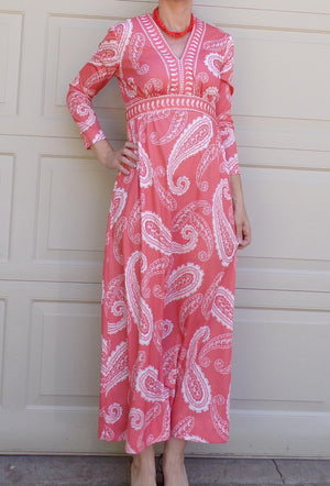 peachy pink PAISLEY MAXI DRESS 60's 70's S (A5)